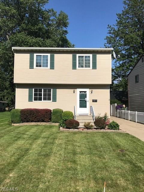 1217 E 346th St, Eastlake, OH 44095 (MLS #4088456) :: The Crockett Team, Howard Hanna