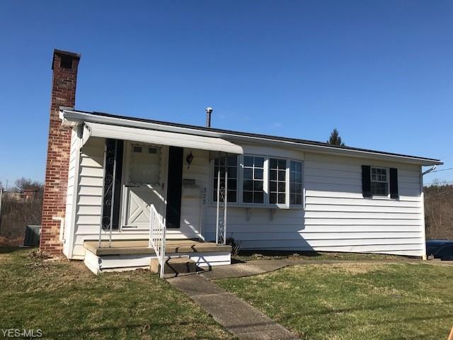 322 Washington St, Barnesville, OH 43713 (MLS #4088801) :: Tammy Grogan and Associates at Cutler Real Estate