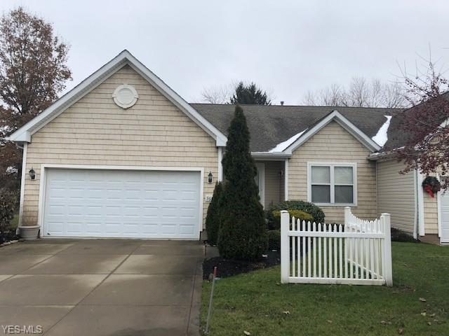 965 Edgewater Cir, Kent, OH 44240 (MLS #4088816) :: Tammy Grogan and Associates at Cutler Real Estate