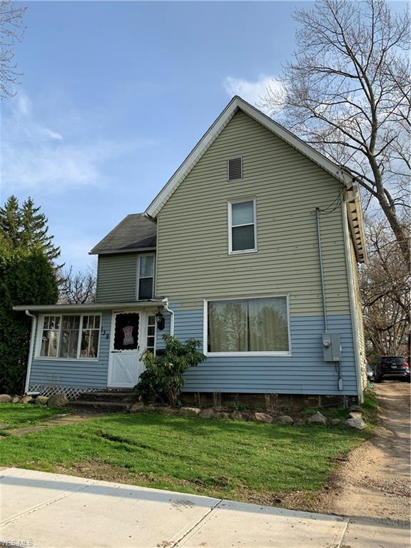 139 Center St, Chardon, OH 44024 (MLS #4088818) :: The Crockett Team, Howard Hanna