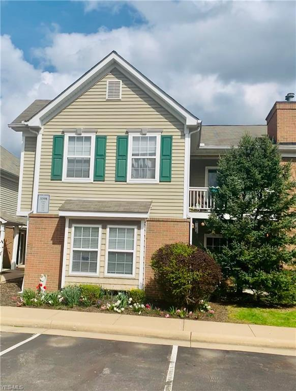 3398 Lenox Village #236, Fairlawn, OH 44333 (MLS #4089655) :: RE/MAX Trends Realty
