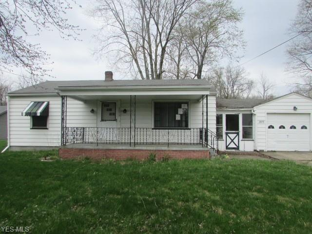2879 W Liberty St, Girard, OH 44420 (MLS #4090153) :: RE/MAX Trends Realty