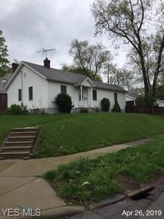 1755 Newton St, Akron, OH 44305 (MLS #4090573) :: RE/MAX Edge Realty