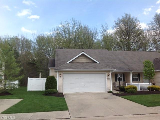 7607 Willow Woods Dr 25-A, North Olmsted, OH 44070 (MLS #4092319) :: RE/MAX Trends Realty