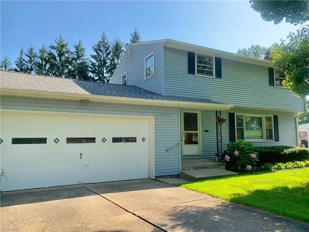 2938 Palmarie Dr, Poland, OH 44514 (MLS #4093616) :: RE/MAX Edge Realty