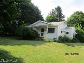 2435 Edison St NW, Uniontown, OH 44685 (MLS #4095109) :: RE/MAX Pathway