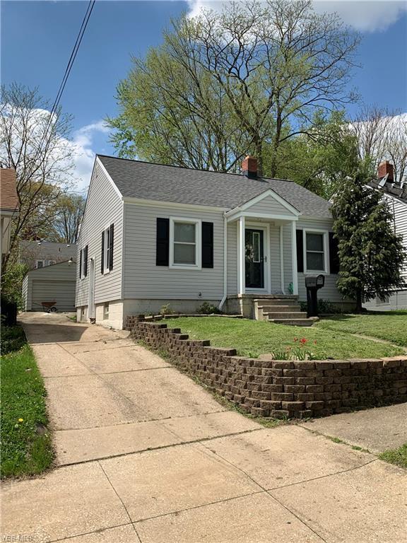 426 Stevenson Avenue, Akron, OH 44312 (MLS #4095584) :: RE/MAX Edge Realty