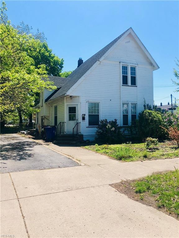 5207 Tillman Ave, Cleveland, OH 44102 (MLS #4096238) :: RE/MAX Trends Realty