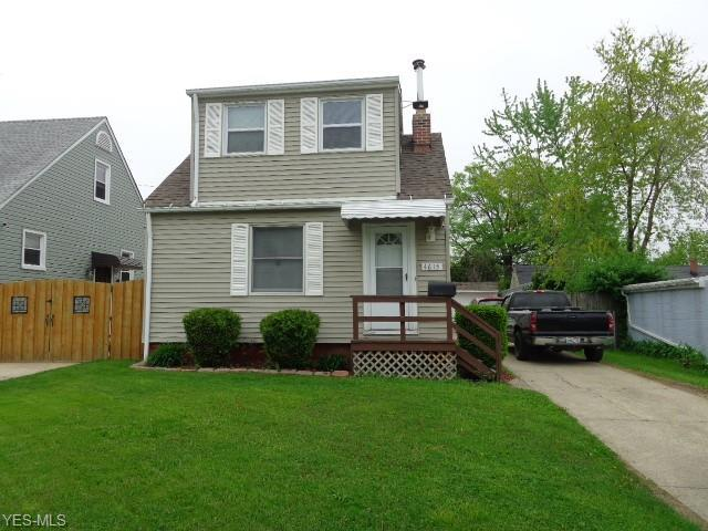 4615 W 56th St, Cleveland, OH 44144 (MLS #4097312) :: RE/MAX Trends Realty