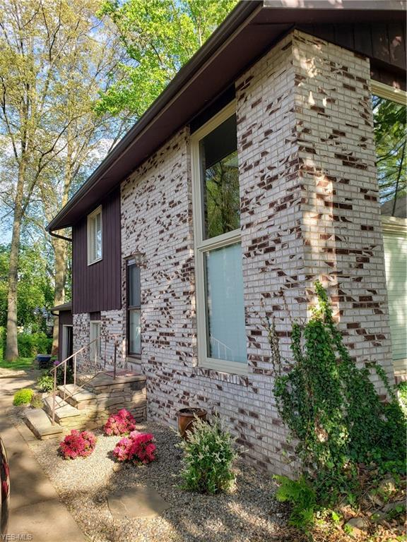 6274 Woodmoor Ave NW, Canton, OH 44718 (MLS #4097350) :: RE/MAX Edge Realty