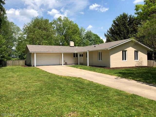 1965 Pineview Dr, Kent, OH 44240 (MLS #4097636) :: RE/MAX Pathway
