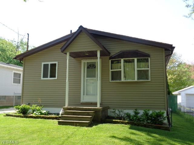 1070 Annapolis Ave, Akron, OH 44310 (MLS #4097679) :: RE/MAX Pathway