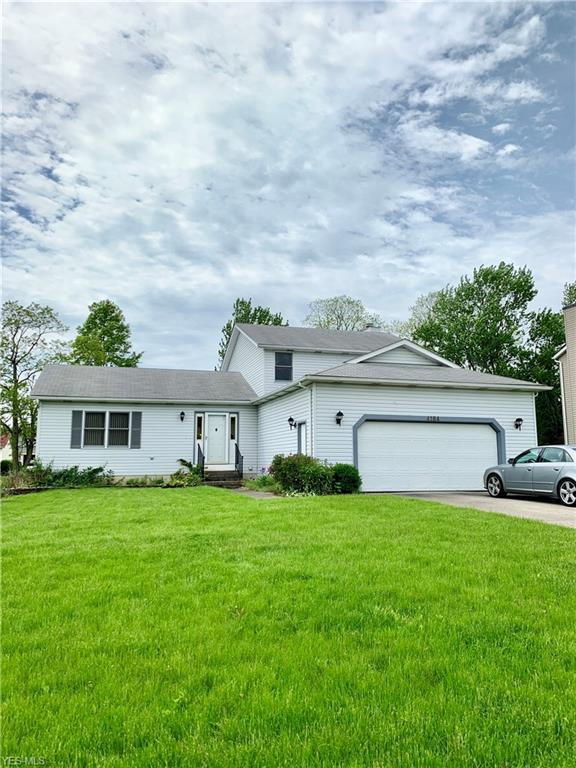 4184 Sterling Station Dr, Brunswick, OH 44212 (MLS #4097882) :: RE/MAX Trends Realty