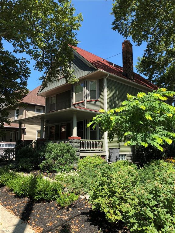 3279 Scranton Rd, Cleveland, OH 44109 (MLS #4098083) :: RE/MAX Edge Realty