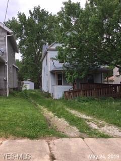519 Beulah Ave, Akron, OH 44314 (MLS #4099561) :: The Crockett Team, Howard Hanna