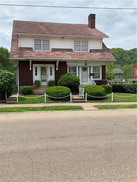 1001 Main St, Wellsville, OH 43968 (MLS #4099612) :: The Crockett Team, Howard Hanna