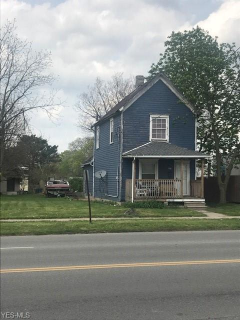 607 E 28th St, Lorain, OH 44055 (MLS #4099704) :: The Crockett Team, Howard Hanna
