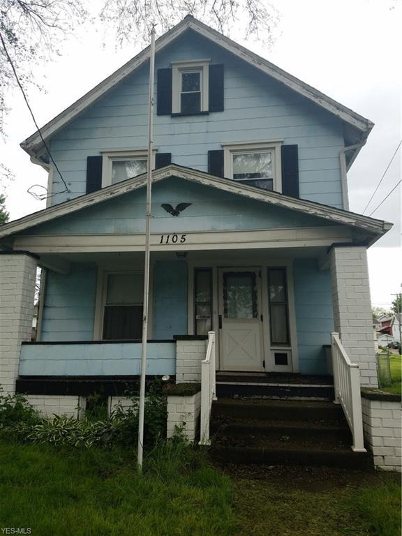 1105 Clarendon Ave SW, Canton, OH 44710 (MLS #4099705) :: RE/MAX Edge Realty