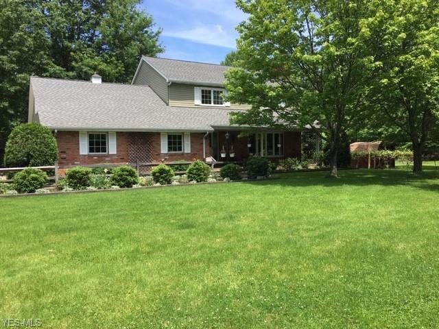 31299 White Road, Willoughby Hills, OH 44092 (MLS #4106013) :: The Crockett Team, Howard Hanna