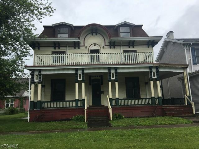 1017 Riverside Avenue, Wellsville, OH 43968 (MLS #4106101) :: The Crockett Team, Howard Hanna
