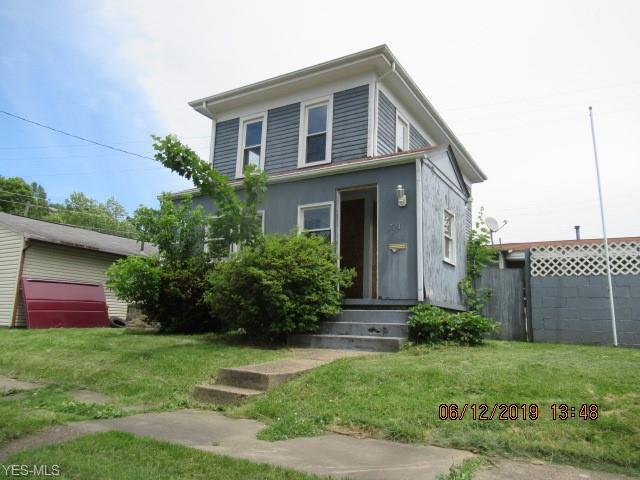 724 6th Street SW, Massillon, OH 44647 (MLS #4106526) :: RE/MAX Valley Real Estate