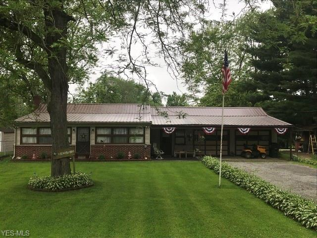 4075 Prosway Avenue SW, Massillon, OH 44646 (MLS #4107828) :: Tammy Grogan and Associates at Cutler Real Estate