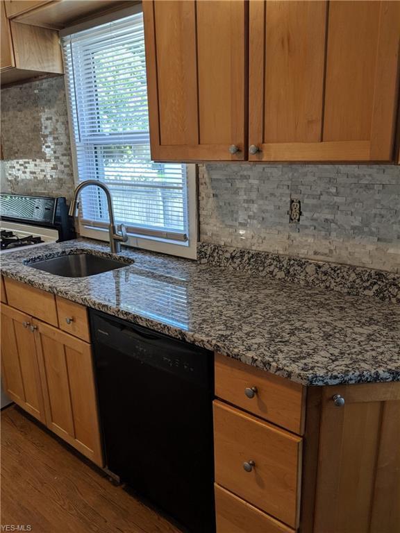 441 Magnolia Avenue, Cuyahoga Falls, OH 44221 (MLS #4109465) :: Tammy Grogan and Associates at Cutler Real Estate