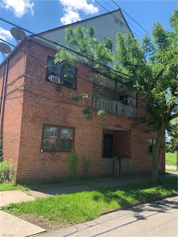 6700 Sebert Avenue, Cleveland, OH 44105 (MLS #4109998) :: The Crockett Team, Howard Hanna