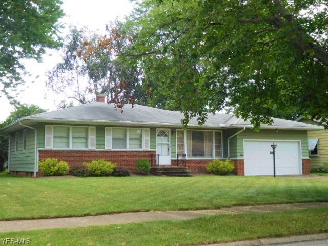 3780 W 213th Street, Fairview Park, OH 44126 (MLS #4112577) :: RE/MAX Edge Realty
