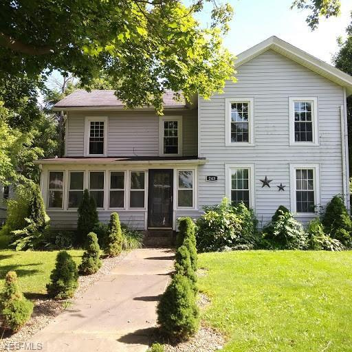 243 W Main Street, Andover, OH 44003 (MLS #4112593) :: RE/MAX Trends Realty