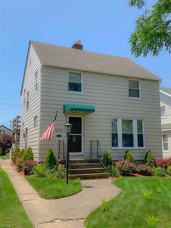 4224 W 50 Street, Cleveland, OH 44144 (MLS #4113126) :: RE/MAX Trends Realty