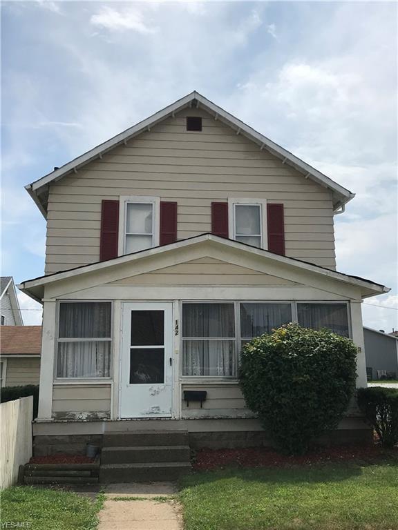 142 Ray Avenue NE, New Philadelphia, OH 44663 (MLS #4113163) :: The Crockett Team, Howard Hanna