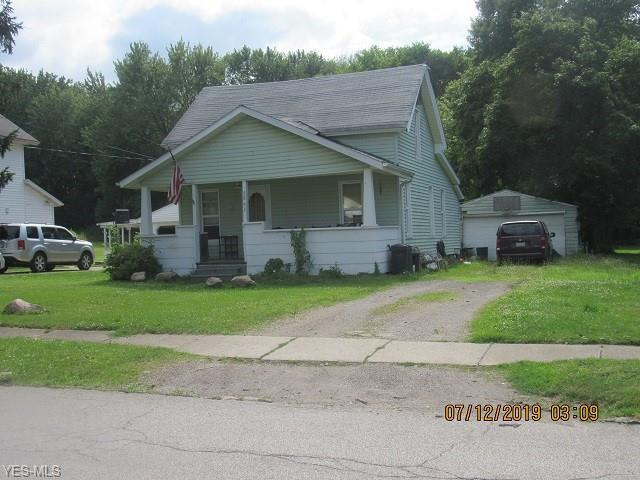 5863 Runkle Avenue, Ashtabula, OH 44004 (MLS #4115343) :: RE/MAX Trends Realty