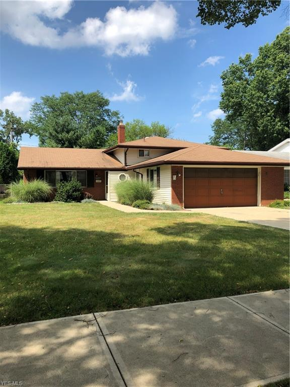 23784 Curtis Drive, North Olmsted, OH 44070 (MLS #4116780) :: RE/MAX Edge Realty