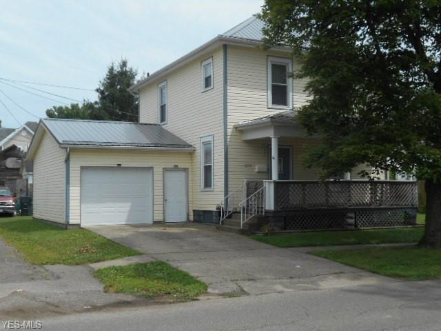 622 S 6th Street, Coshocton, OH 43812 (MLS #4116991) :: The Crockett Team, Howard Hanna