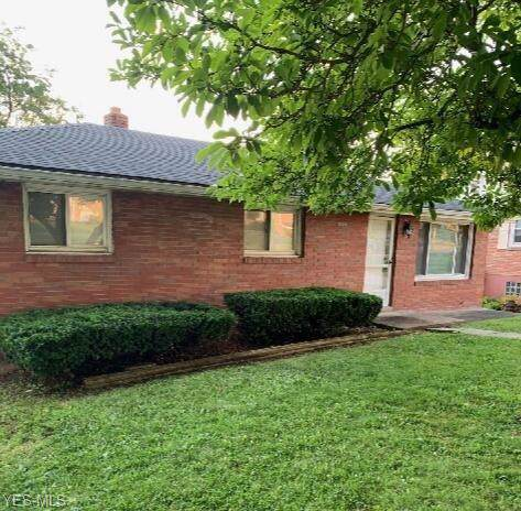311 Springdale Avenue, Wintersville, OH 43953 (MLS #4122132) :: The Crockett Team, Howard Hanna