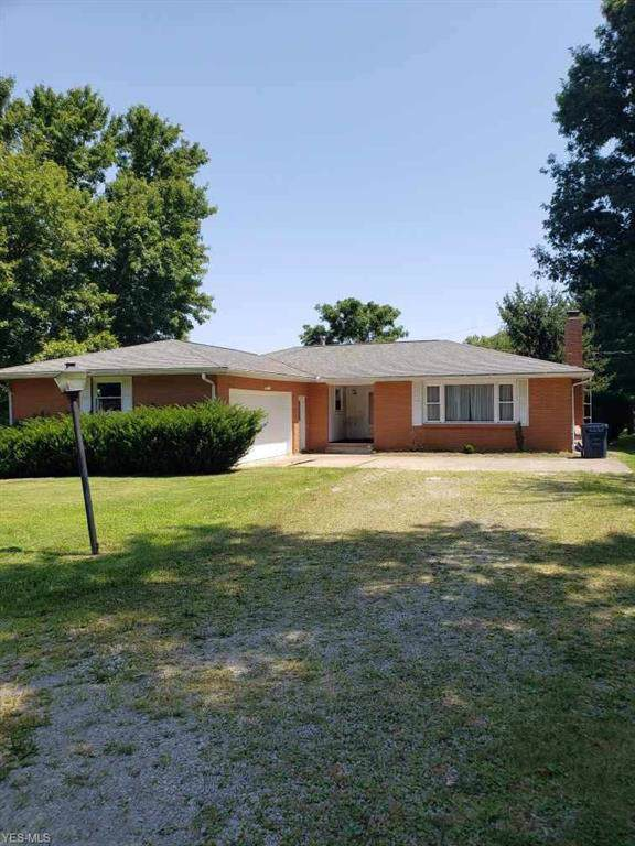 4020 Dresden Road, Zanesville, OH 43701 (MLS #4122235) :: The Crockett Team, Howard Hanna