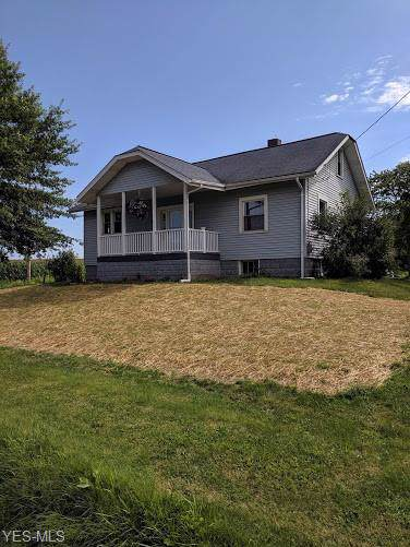 4588 Broadway Avenue, Louisville, OH 44641 (MLS #4124290) :: RE/MAX Edge Realty