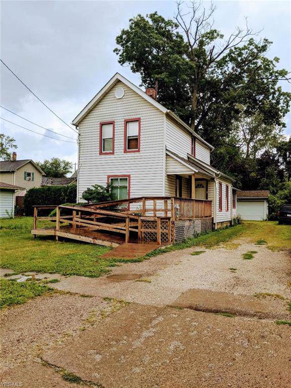 5420 Adams Avenue, Ashtabula, OH 44004 (MLS #4125318) :: The Crockett Team, Howard Hanna