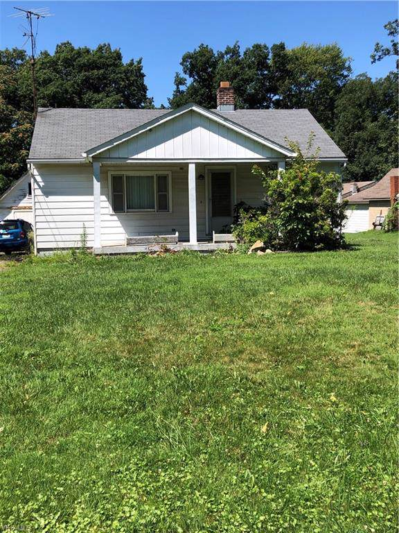 1210 S Turner Road, Youngstown, OH 44515 (MLS #4126781) :: RE/MAX Edge Realty