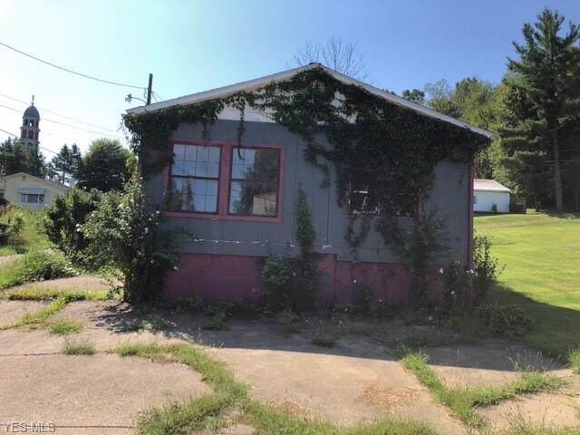 322 High Street, Pleasant City, OH 43772 (MLS #4126882) :: The Crockett Team, Howard Hanna