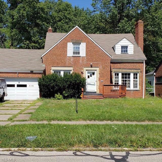 3595 Severn Road, Cleveland Heights, OH 44118 (MLS #4127245) :: The Crockett Team, Howard Hanna