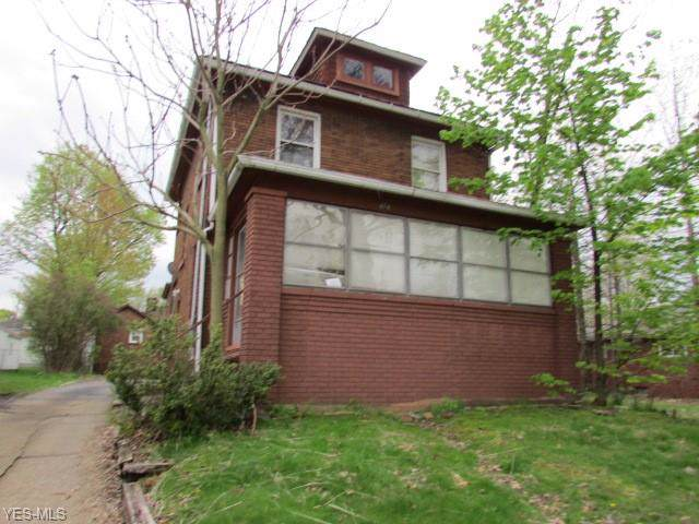 474 Stanton Avenue, Akron, OH 44301 (MLS #4127276) :: RE/MAX Edge Realty