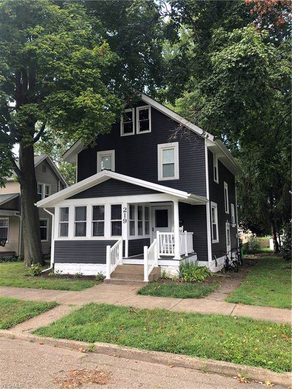 219 W 9th Street, Dover, OH 44622 (MLS #4127495) :: RE/MAX Valley Real Estate