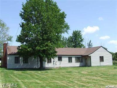 7212 Wilson Mills Road, Chesterland, OH 44026 (MLS #4129489) :: The Crockett Team, Howard Hanna