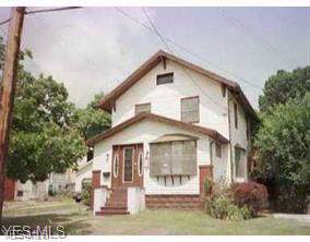 2362 Mount Vernon Avenue, Youngstown, OH 44502 (MLS #4130345) :: The Crockett Team, Howard Hanna