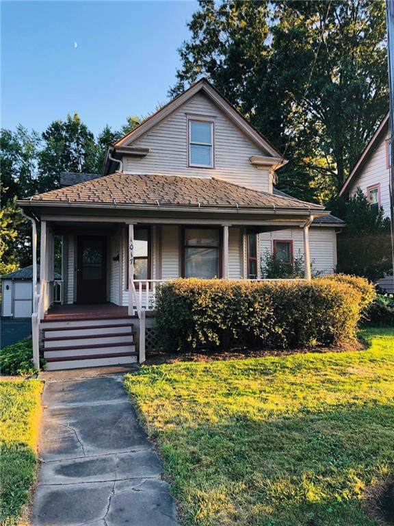1017 W Main Street, Ravenna, OH 44266 (MLS #4131601) :: The Crockett Team, Howard Hanna