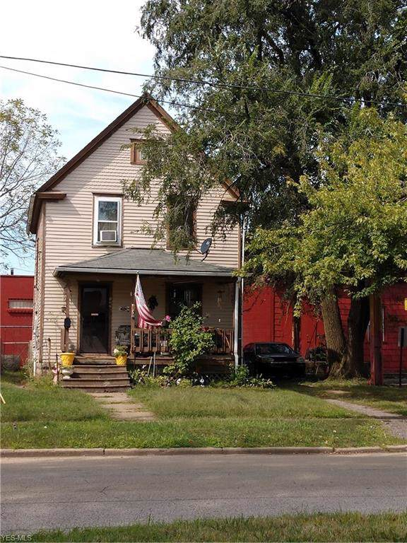 122 Williams Street, Elyria, OH 44035 (MLS #4132767) :: The Crockett Team, Howard Hanna