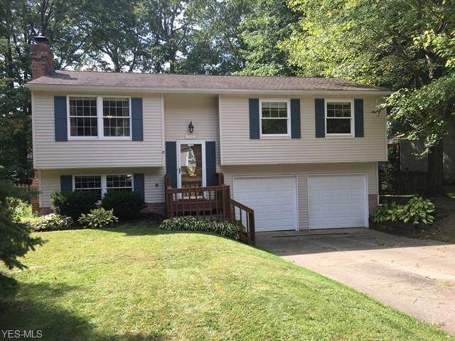 193 Oakhurst Drive, Munroe Falls, OH 44262 (MLS #4132819) :: RE/MAX Above Expectations