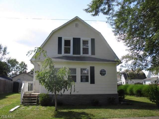 175 W Virginia Avenue, Sebring, OH 44672 (MLS #4133325) :: The Crockett Team, Howard Hanna